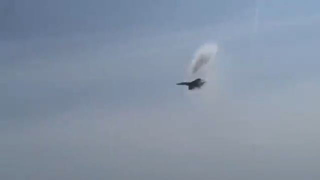 Supersonic jet fighter breaks the sound barrier